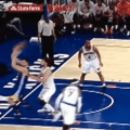 Andrew Bogut made the dumbest pass you'll ever see against the Knicks