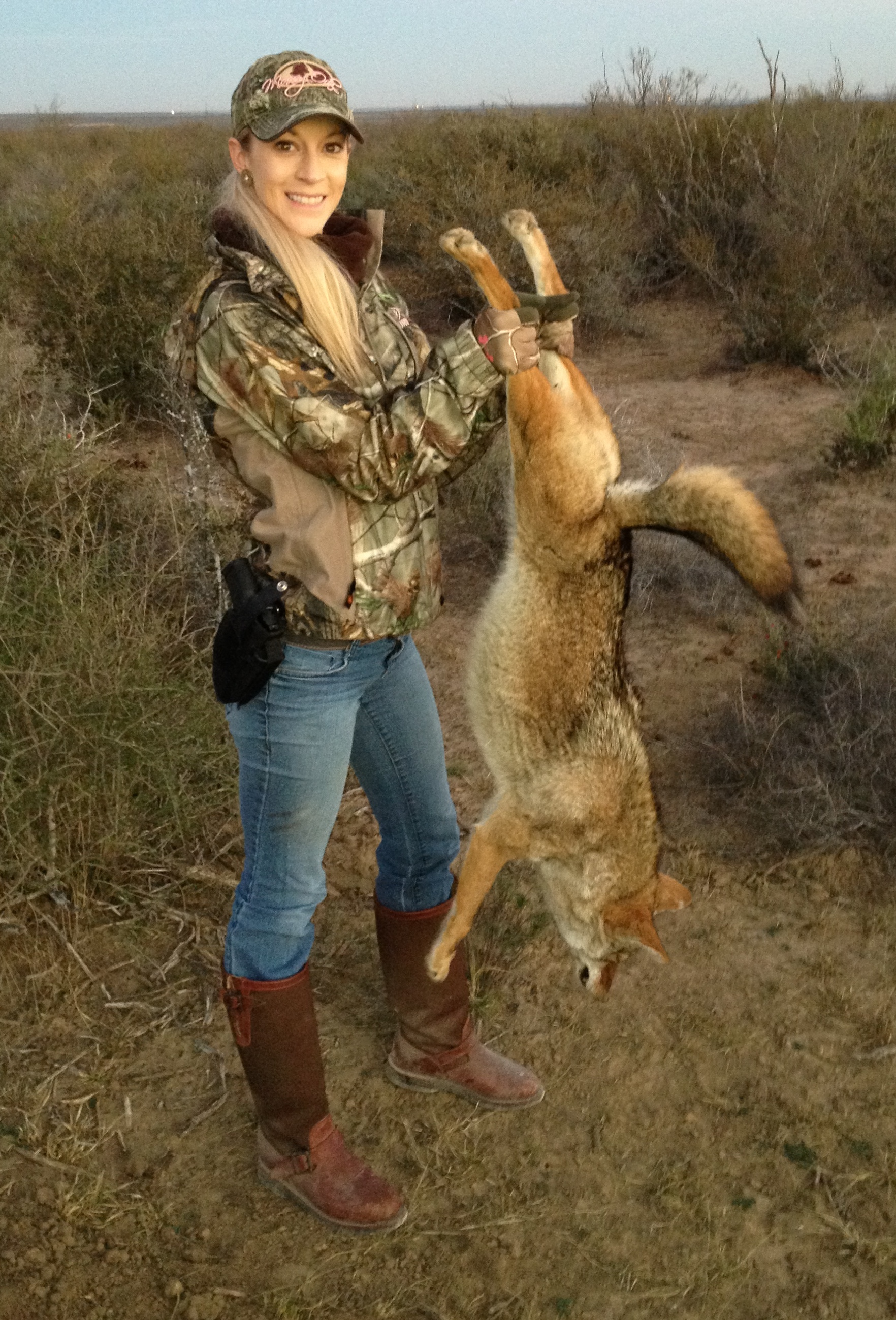 Country Girl Wallpapers With Camo Coyotes In Texas A Quick Look Sportsmen S Alliance