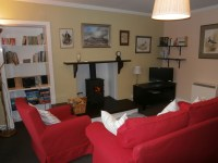 Springbank self-catering holiday cottage has a log fire