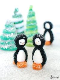 Pipe cleaner penguins DIY - winter craft ideas  SPUNNYS