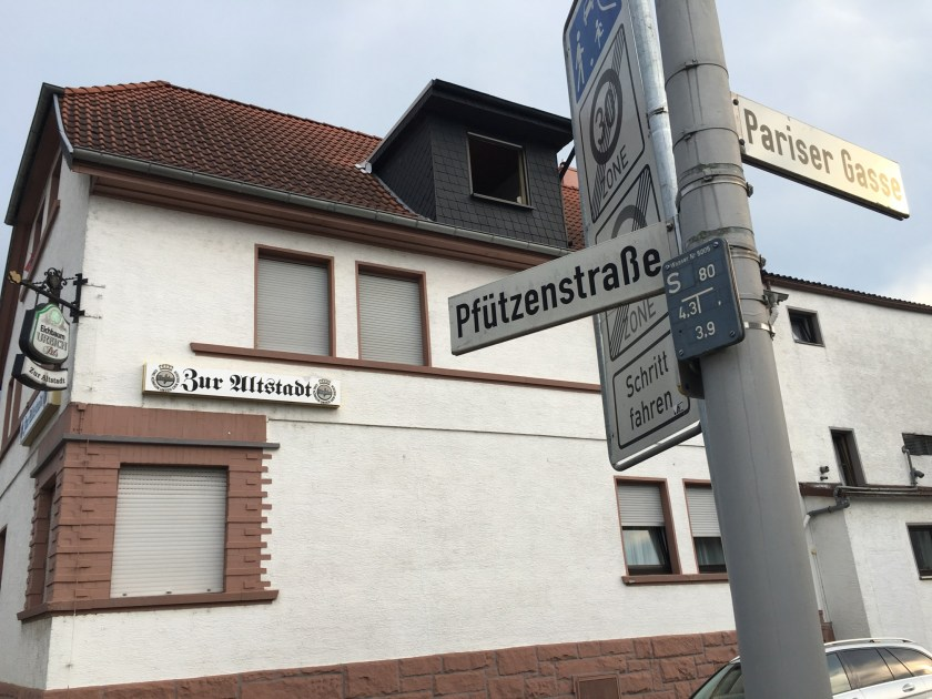 pfützenstraße 1