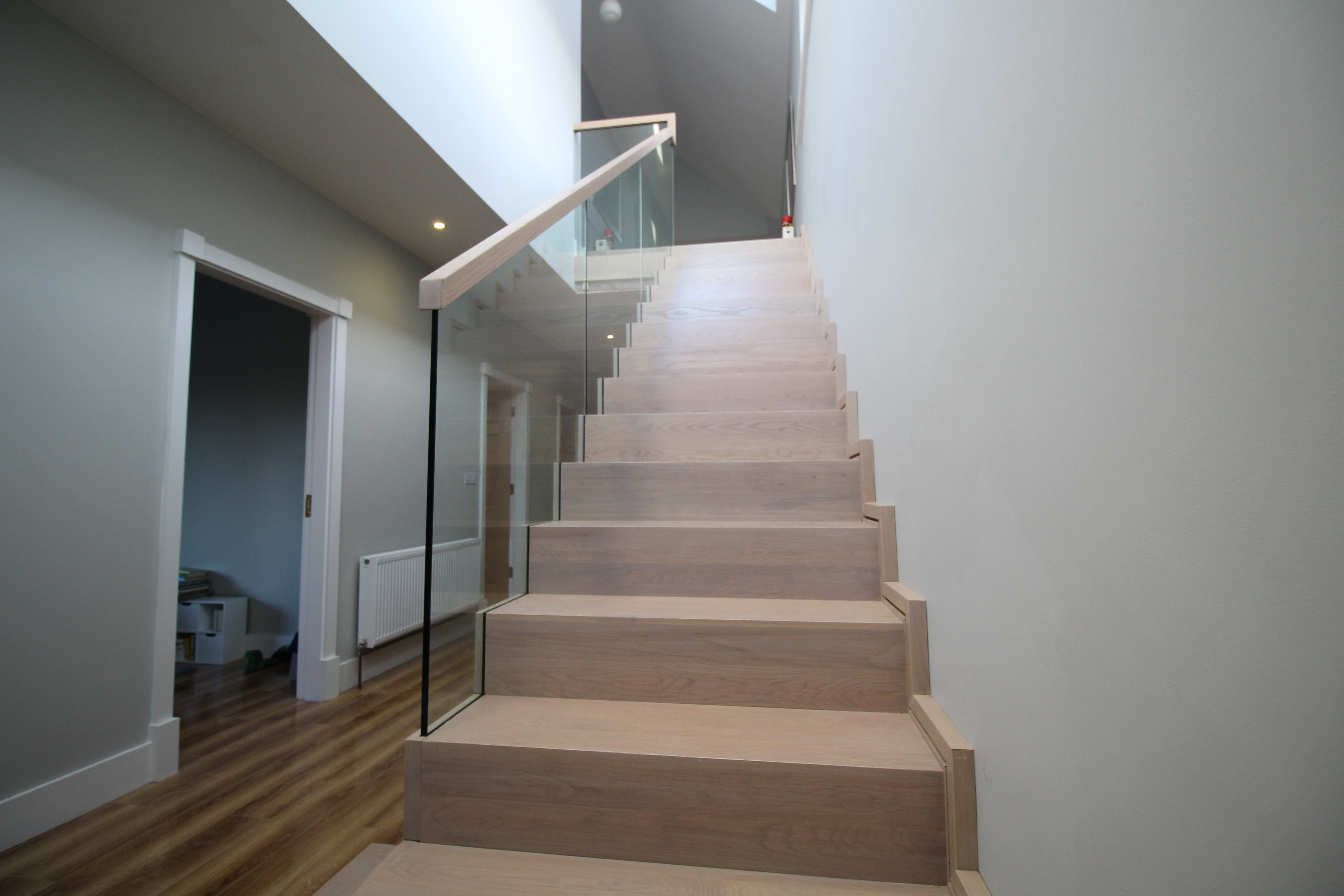 Modern Cut String Stairs By Jea O Bespoke Stair Design In