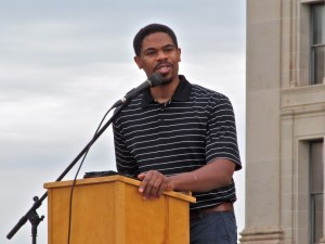 Toby Pedford speaks at rally at Oklahoma State Capitol