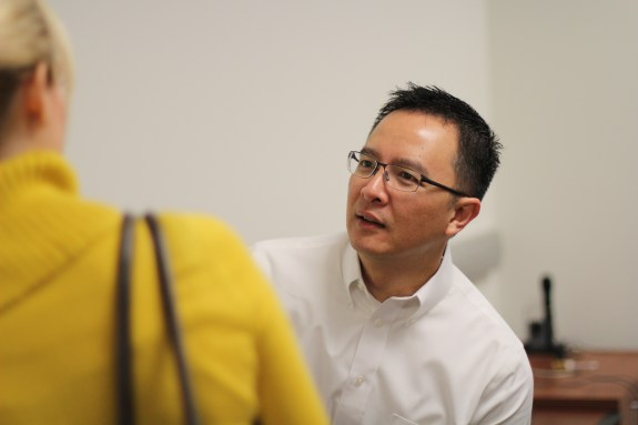 STAR alum David Nguyen returns to give feedback to an international group of doctoral students on their projects.