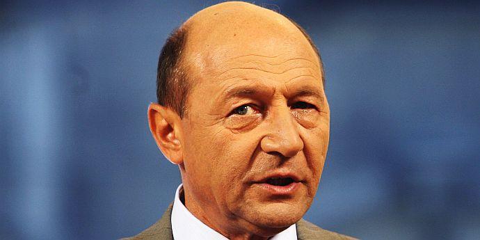 Basescu: Parlamentul poate deveni adunare constituantă