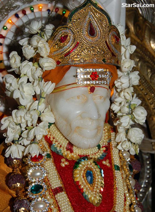 Free Hd Hindu God Wallpapers Shirdi Sai Baba Photos Saibaba Temple Between Kumbakonam