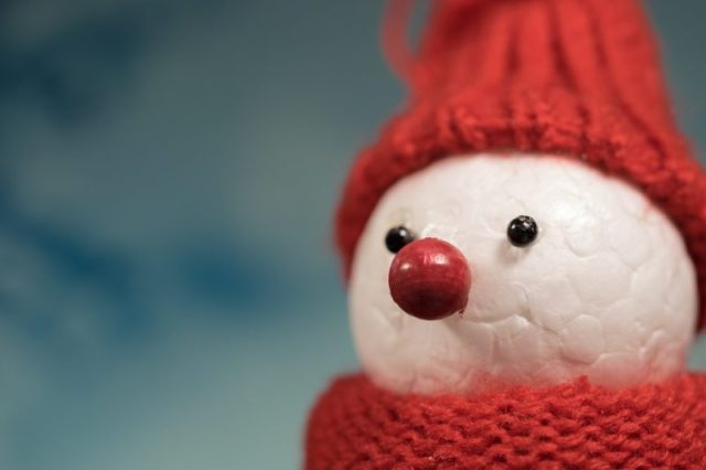 conceptual image of a snowman to demonstrate seasonal content repositioning
