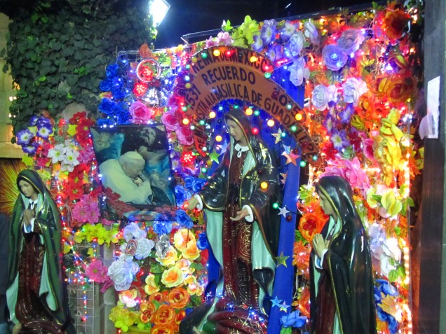 One of several sites to get a memorial photo at the Basilica of Our Lady of Guadalupe. Source: Chris Crews (Attribution via chriscrews.com)