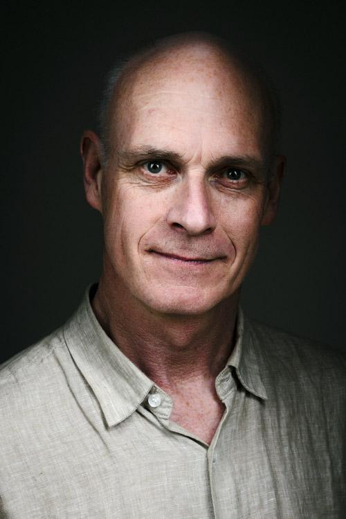 Författaren Magnus Florin, författarporträtt för Albert Bonniers Förlag. Fotograf Stefan Tell