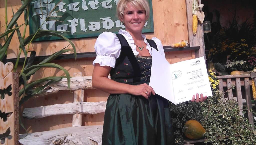 """Zertifizierung """"Schule am Bauernhof"""", Carolin Grabner, Foto: Steirerhof Mieming"""
