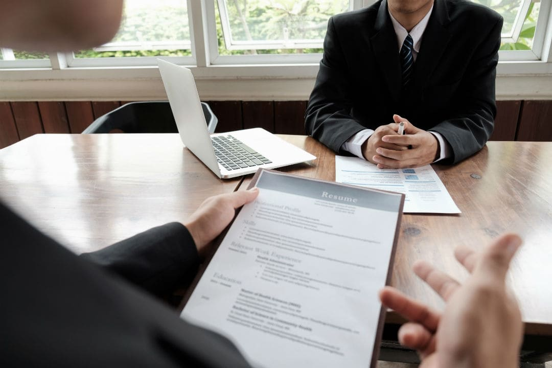 How long should a resume be? One, Two or Three Pages? Stemjar - resume page length