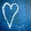 Herz auf blau