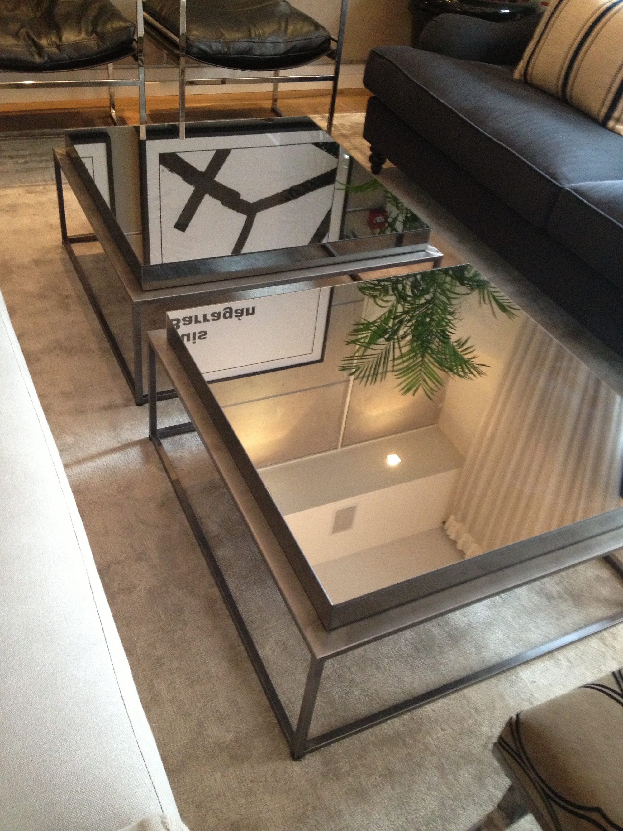 Diy mirrored coffee table mirrored coffee table oversized coffee tables