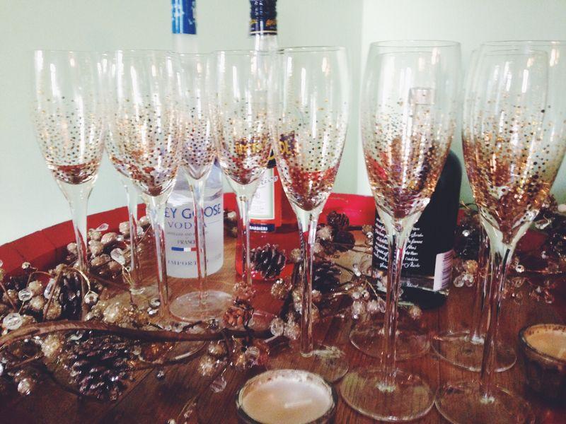 New Year's Eve Decor // via Stephanie Howell #newyearsevedecor