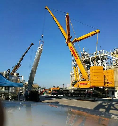 Crane-Lifting-in-Calvert-City Sterett Crane Rental