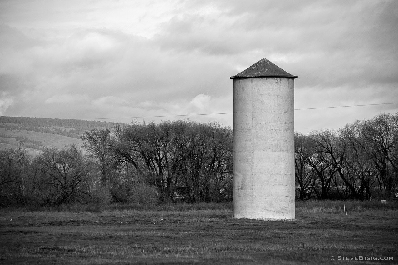 Grain Silo, Ellensburg, Washington, 2011