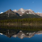 The Nikon V1 does Western Alberta by Paul Chance