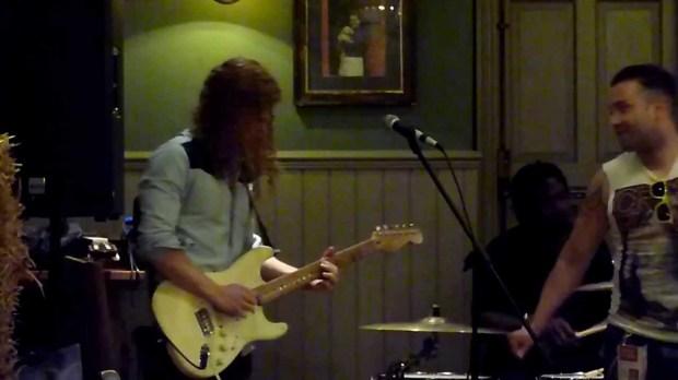 Black Magic Woman Guitar Solo (Live) – Steve Pigott