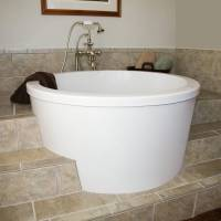 Japanese soaking tubs for small bathrooms as interesting ...