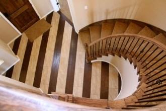 741 Tiwa SS3065 Staircase