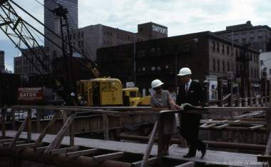 construction-du-tunnel-du-mtro-au-centre-ville-juin-1965-vm94-md27-033-archives-de-la-ville-de-montral_24799783652_o
