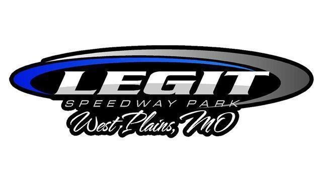 Logan Martin takes MARS DIRTcar Series win at Legit Speedway!