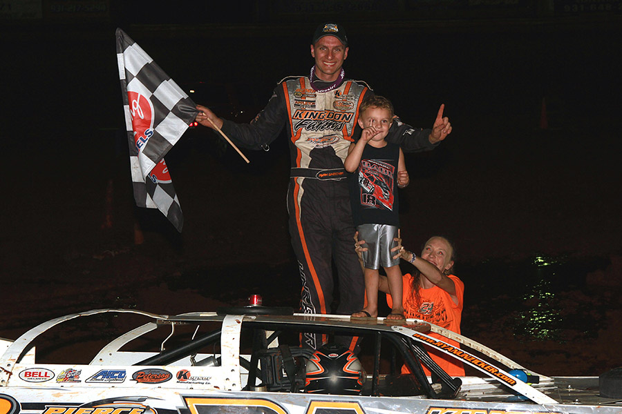 Ryan Unzicker earns Clarksville Speedway Summer Nationals win!