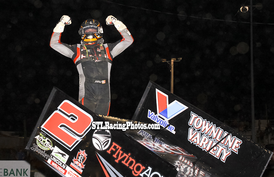 Parker Price-Miller takes night 2 of IL Sprint week at Quincy Raceway!