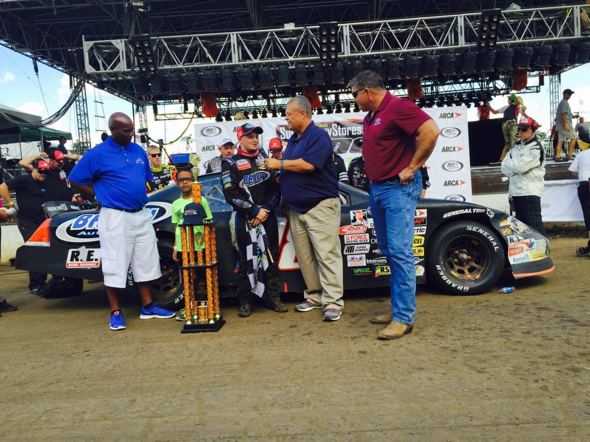 17-year-old Haley conquers Springfield Mile Dirt; youngest Springfield winner in history