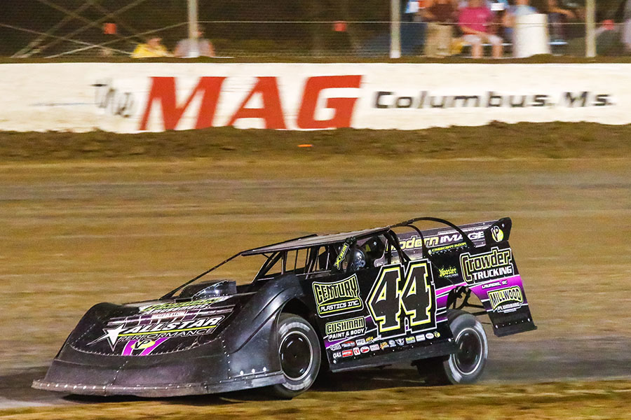 Chris Madden Picks the Cotton at Magnolia Motor Speedway
