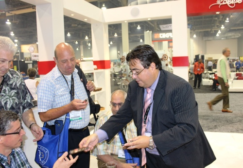 Retailers at the Boutique Blends IPCPR Booth