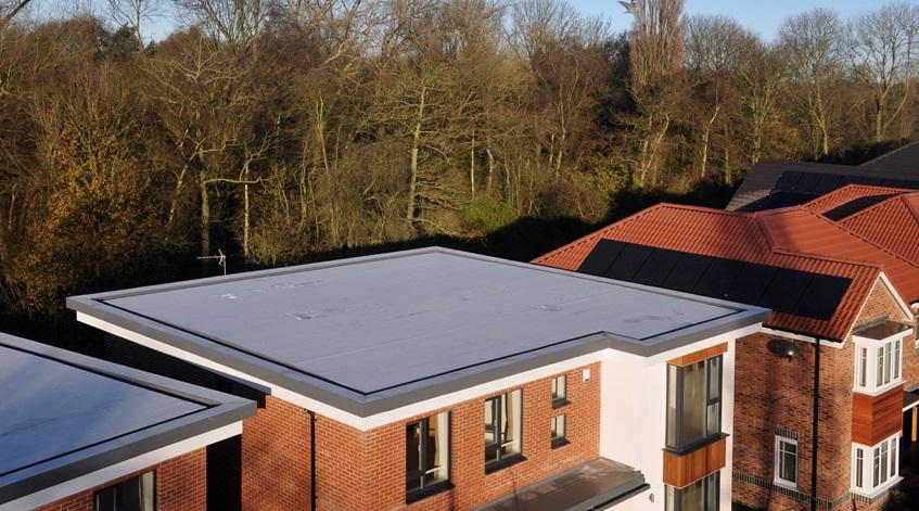 Hidroizoliacine danga ploksciam gyvenamojo namo stogui Kaip pasirinkti Mantas Pevcevicius straipsnis Stogrenta