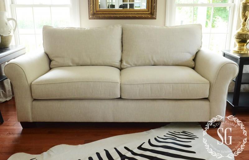 sofa pillows- no pillows-stonegableblog.com