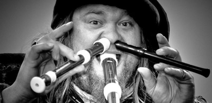 Troubadour Yann Lawick speelt zondag 13 september op Straatmuziekfeest LelySTART