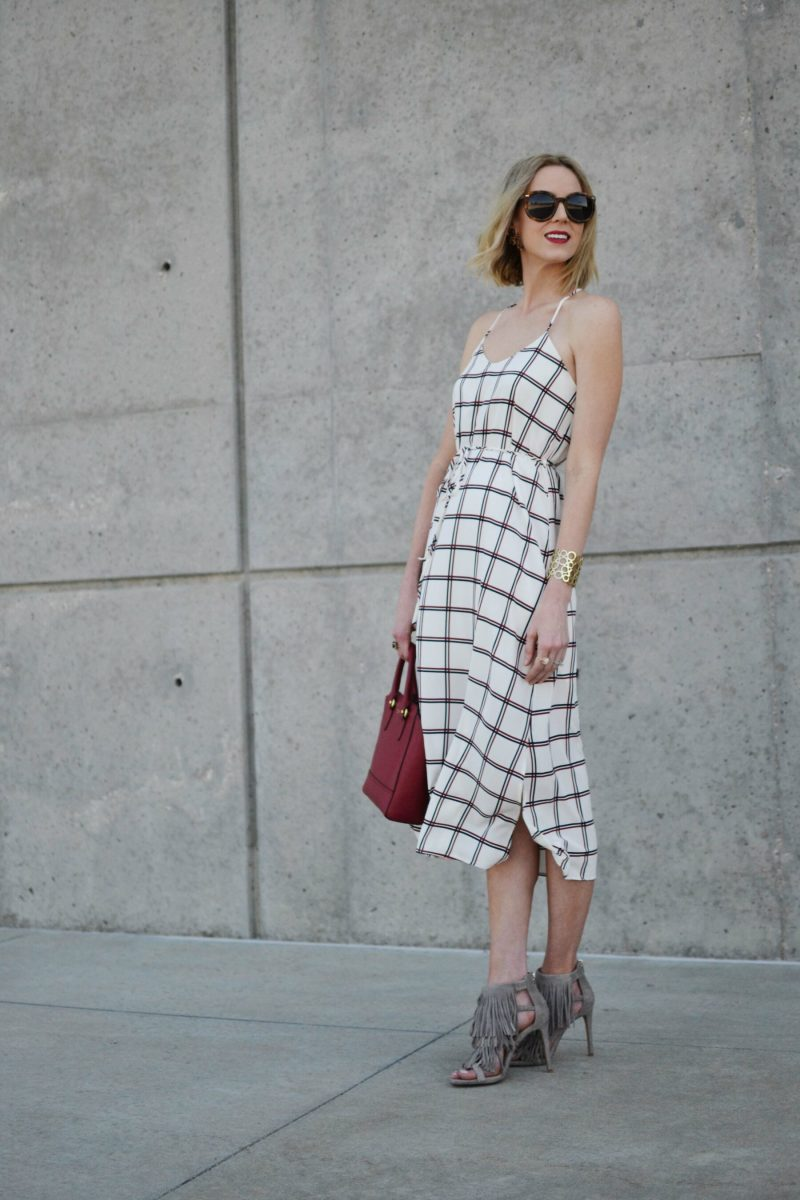 style tips, LuLu*s striped dress, Steve Madden finge heels, red coach bag, karen walker sunglasses