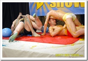dirty boy video - the boing show (15)