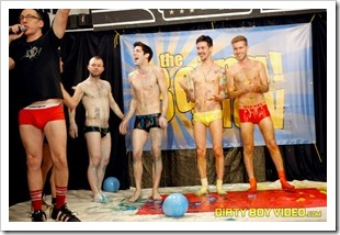 dirty boy video - the boing show (22)