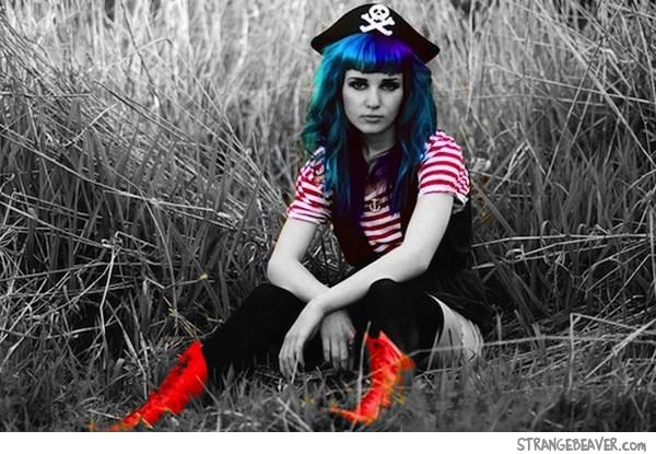 Girls Dressed As Pirates Strange Beaver