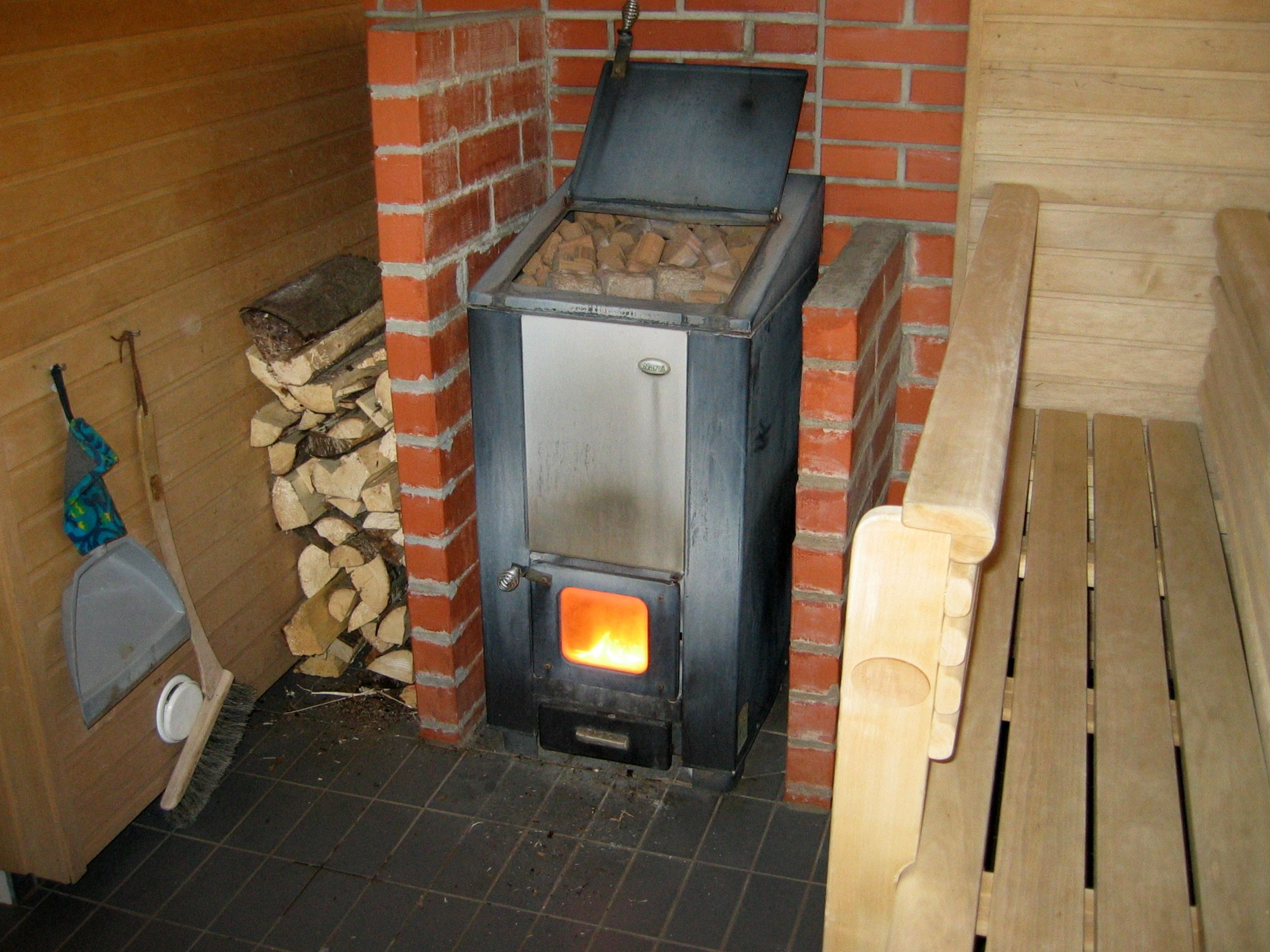 Fullsize Of Modern Wood Burning Stove