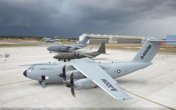 32. A400M, Hercules C-130 & C17