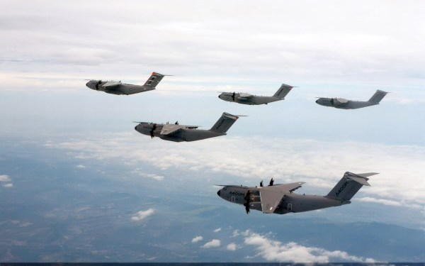 51. A400M Formation