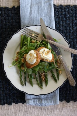 Chèvre Chaud Salad with Roasted Asparagus