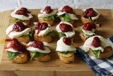 Strawberry, Mozzarella & Basil Bruschetta