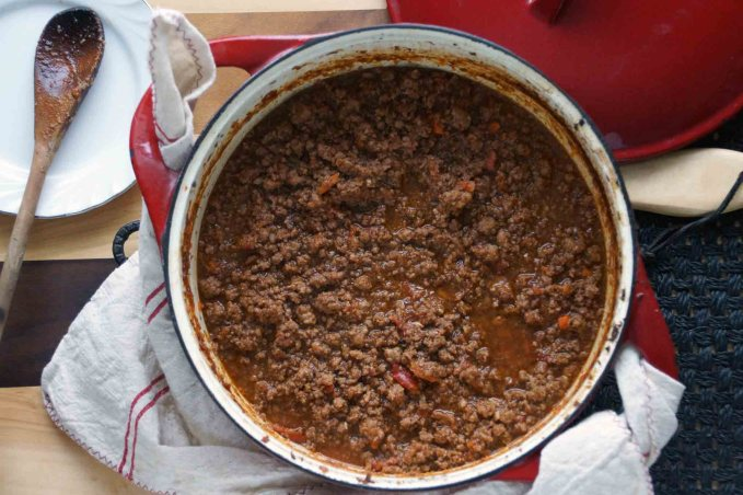 Bolognese Sauce (Red Wine Version)