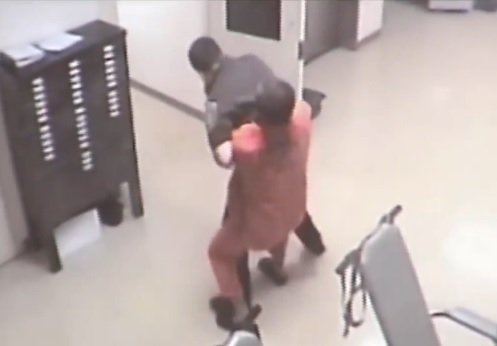 Oklahoma Jailer Gets Attacked By An Inmate, Receives Help Fromm Inmate!