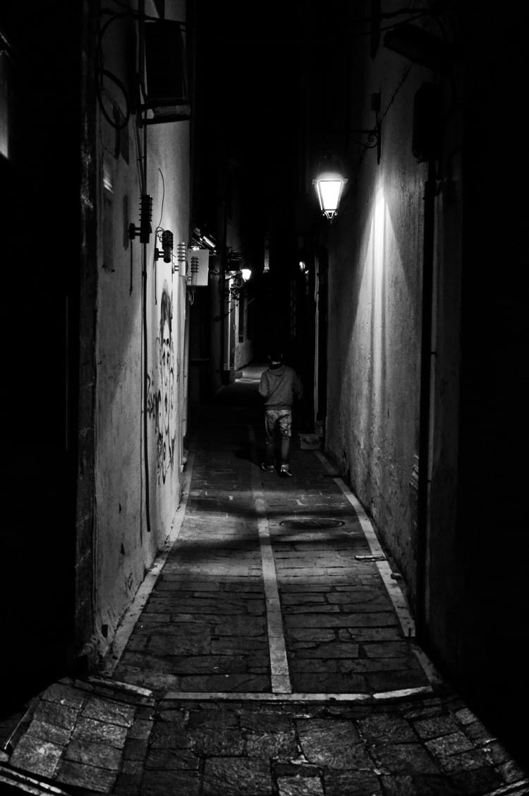 Lonely Girl Walking Wallpaper Spyros Papaspyropoulos Street Photographer Amp Founder Of