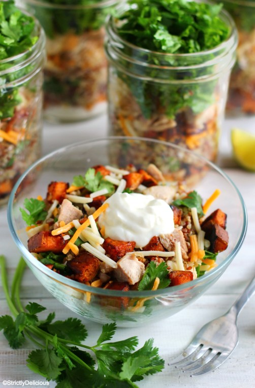 Burrito Bowl Mason Jar Salads via StrictlyDelicious