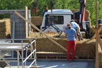 STEP-3-Lasttragender-Strohballenbau-Workshop-244