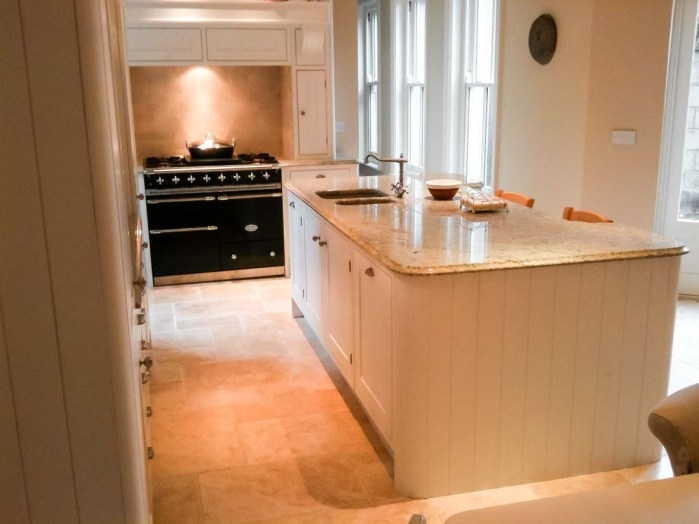 Classic-Shaker-Kitchen-3-Stylecraft-Kitchens-and-Bedrooms-Cork