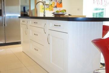 Shaker-White-Handpainted-Kitchen-4-Stylecraft-Kitchens-and-Bedrooms-Cork
